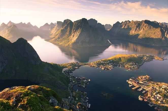 reine, norway, village, beautiful, tourist, turismo, travel, destination